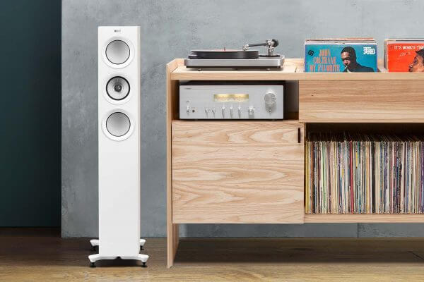 KEF R5 Clearaudio Concept Yamaha Unison Cabinet